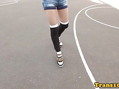 Sporty tranny toying her ass..